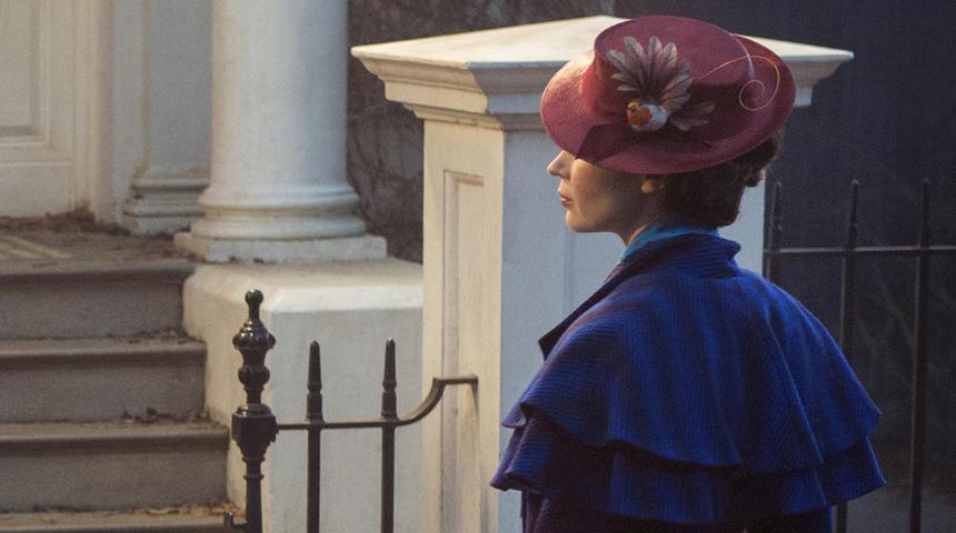Une première image d'Emily Blunt dans le rôle de Mary Poppins
