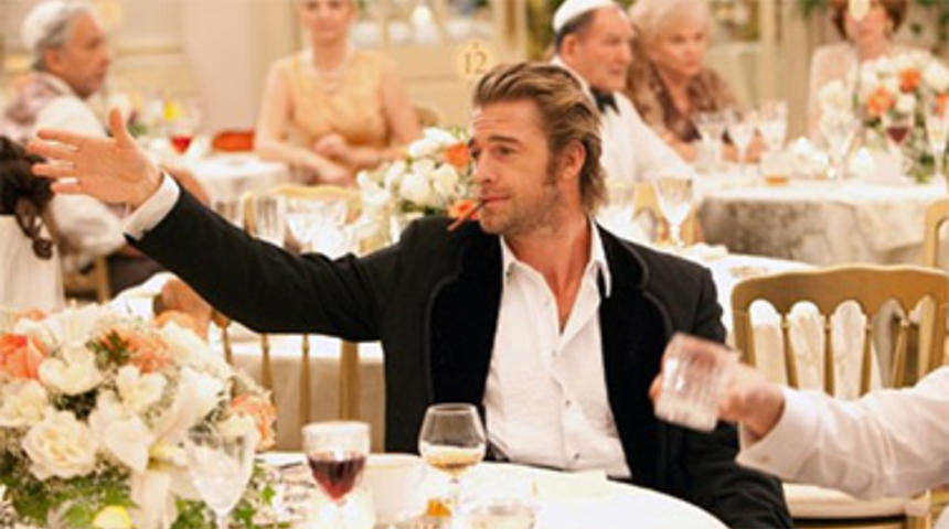 Scott Speedman rejoint Ryan Reynolds dans Queen Of The Night