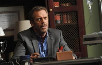 Hugh Laurie pourrait jouer dans Tomorrowland