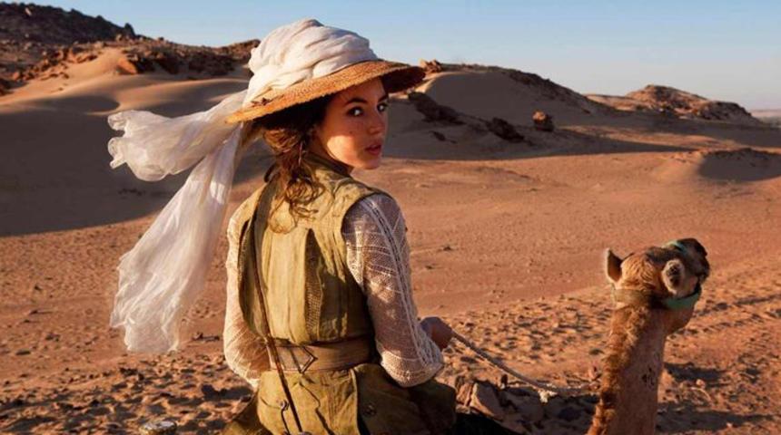 Louise Bourgoin parle des Aventures extraordinaires d'Adèle Blanc-Sec
