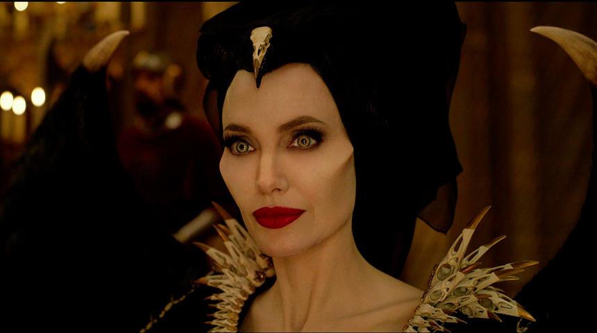 Bande-annonce : Angelina Jolie de retour dans Maleficent 2