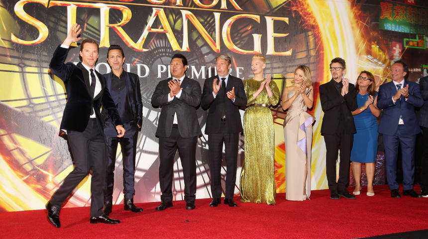 Photos du tapis rouge du film Doctor Strange à Los Angeles