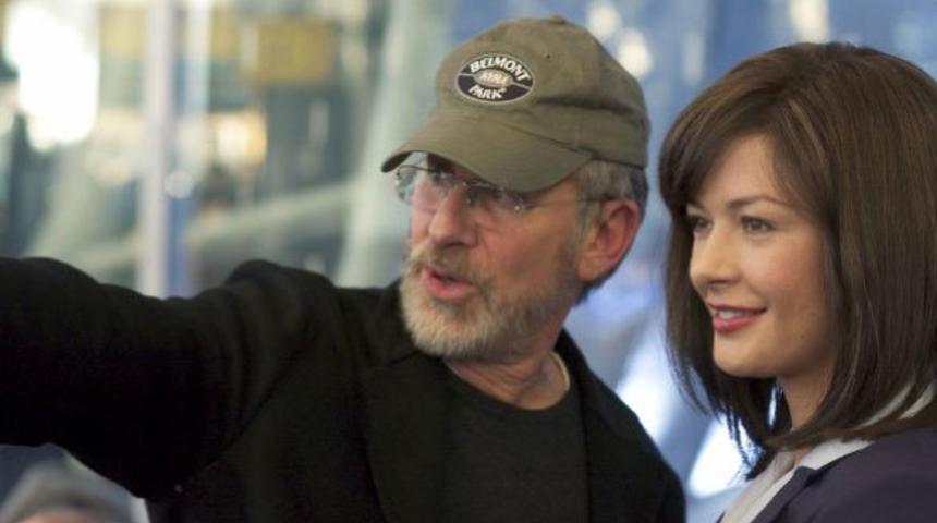 Steven Spielberg à la tête de Robopocalypse
