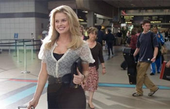 Alice Eve dans 1:30 Train