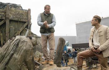 La sortie du film King Arthur de Guy Ritchie reportée en 2017