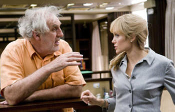 Phillip Noyce à la barre de The Arrangement